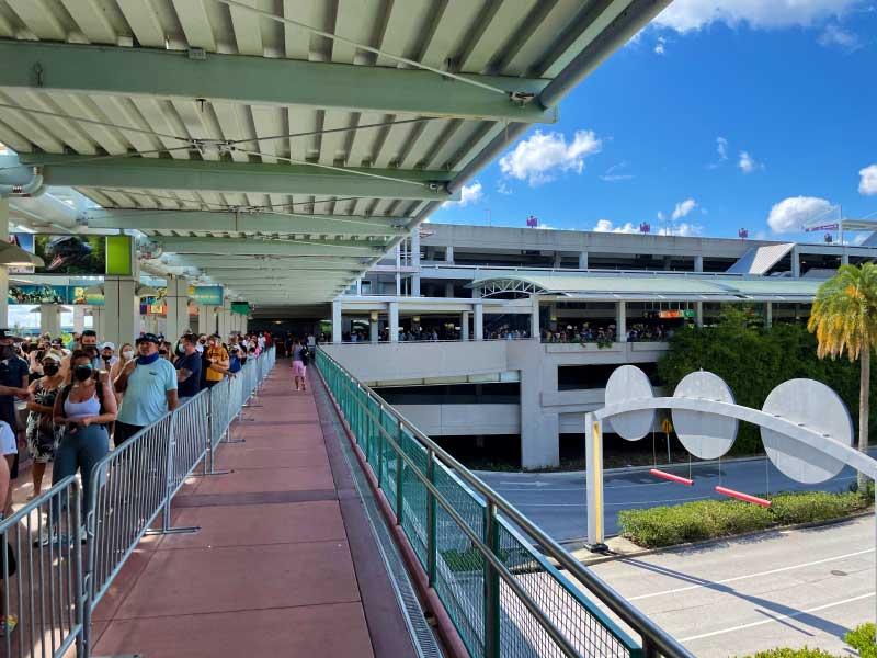 Endless Summer Resort – Dockside Inn and Suites