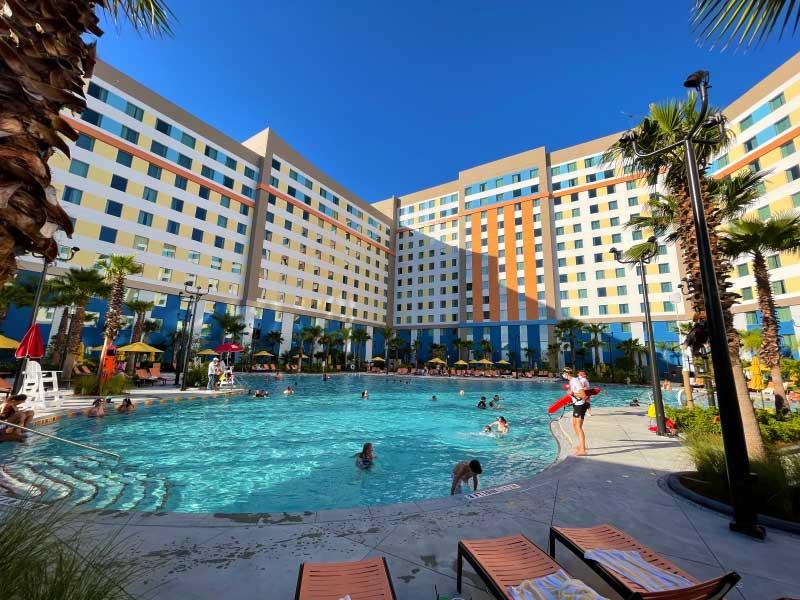 Universal Orlando Resort The Endless Summer Resort – Dockside Inn and Suites